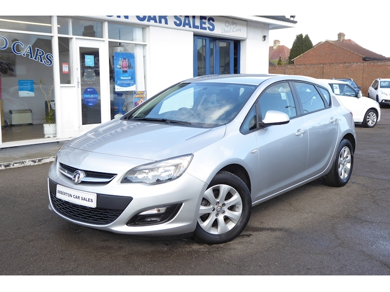 Astra Design Hatchback 1.4 Manual Petrol