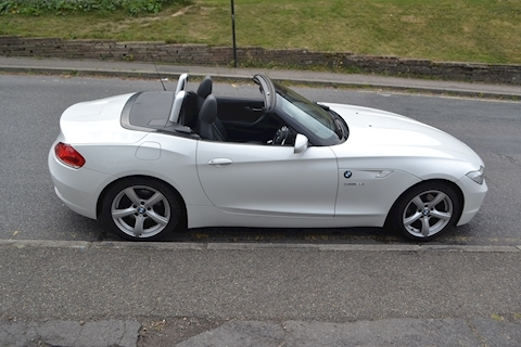 Z4 Series Z4 sDrive23i Roadster 2.5 2dr Roadster Manual Petrol