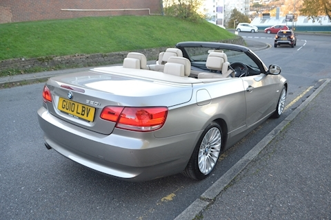 3 Series 320i SE Convertible 2.0 2dr Convertible Automatic Petrol