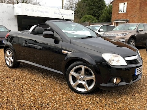 Vauxhall Tigra 16V Exclusiv Convertible 1.4 Manual Petrol