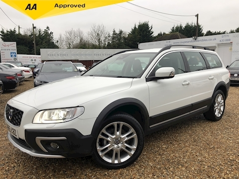 Volvo Xc70 D4 Se Lux Awd (Winter pack,Adaptive cruise) 2.4 5dr Estate Automatic Diesel