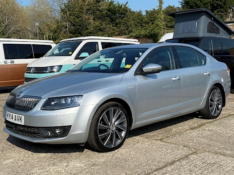SKODA Octavia 2.0 TDI 150 Laurin & Klement 2.0 5dr Hatchback Manual Diesel