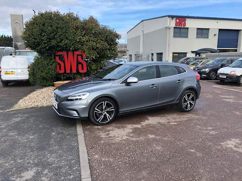 Volvo V40 T2 R-Design Nav Plus 2.0 5dr Cat S Manual Petrol