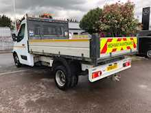Master Ml35 Business Dci L/R Tipper Drw 2.3 Cat S Manual Diesel