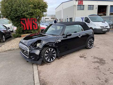Mini Mini Cooper Exclusive 1.5 3dr Cat S Manual Petrol