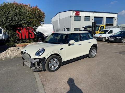 Mini Mini Cooper 1.5 5dr Cat S Automatic Petrol