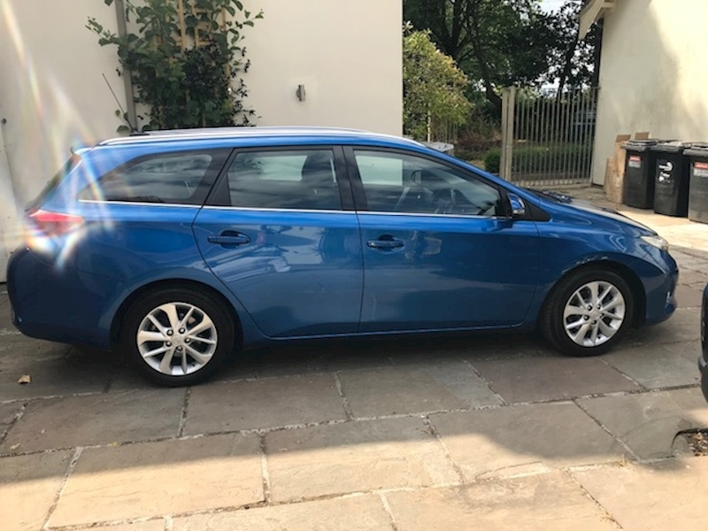 Auris Dual Vvt-I Icon Estate 1.3 Manual Petrol