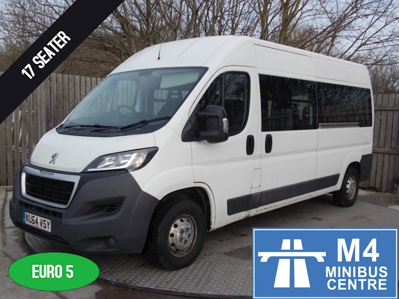 Peugeot Boxer 335 130ps, 17 Seater Image 1