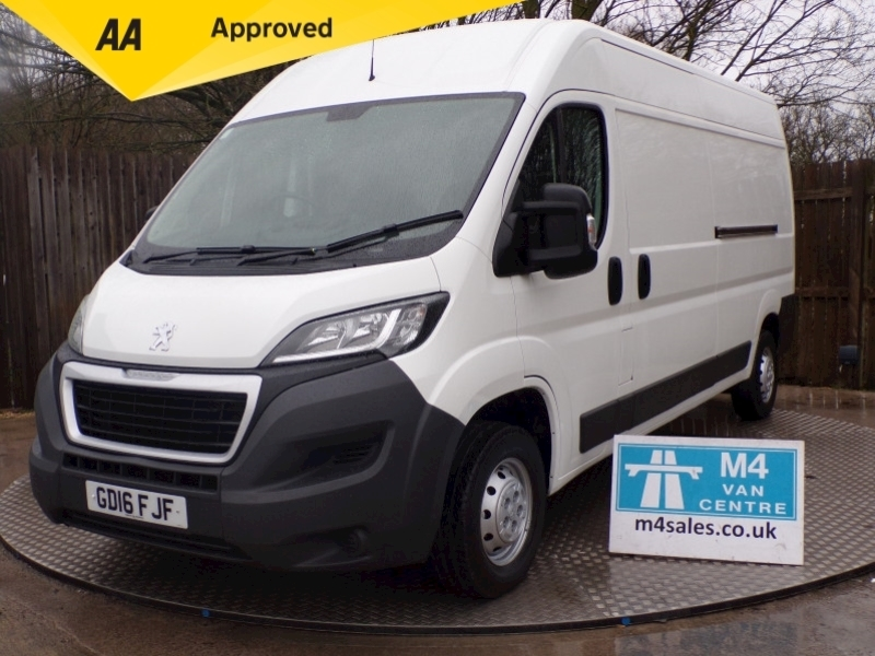 BOXER 335 PROFESSIONAL L3 Panel Van 2.2 Manual Diesel