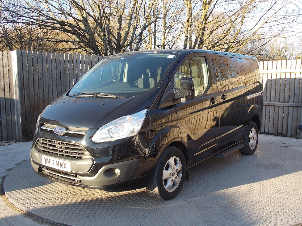 Ford Tourneo Custom 9 Seat Titanium 170ps