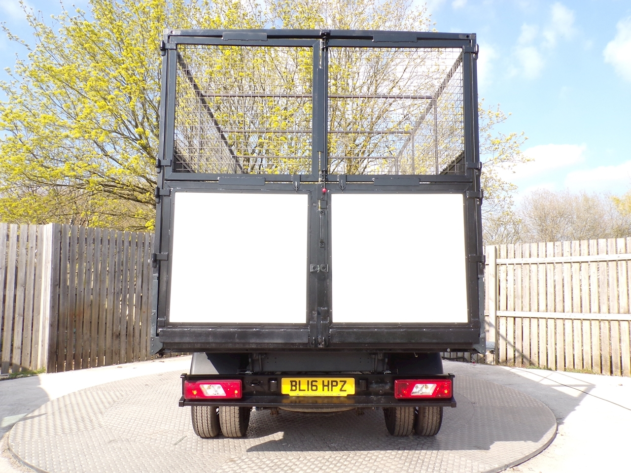 Ford Transit 350 Tipper 1 Stop With Cage