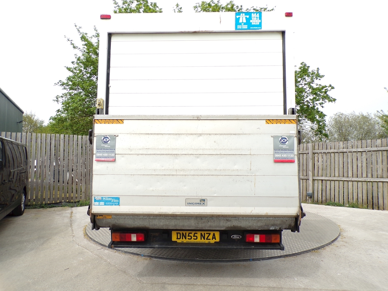 Ford Transit 350 LWB LUTON WITH TAIL LIFT 115PS