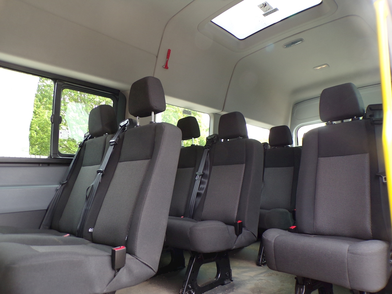 Ford Transit 17 Seat  125ps