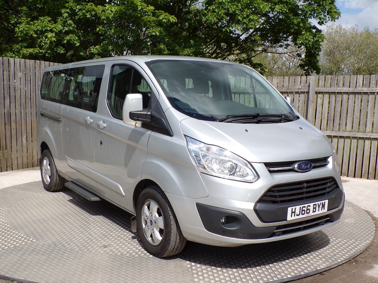 Ford Tourneo Custom 9 Seat, Titanium L2
