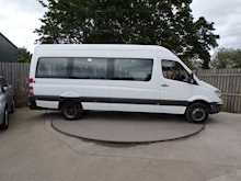Mercedes-Benz Sprinter 513 17 Seat Wheelchair Access - Thumb 6