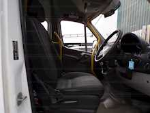 Mercedes-Benz Sprinter 513 17 Seat Wheelchair Access - Thumb 18