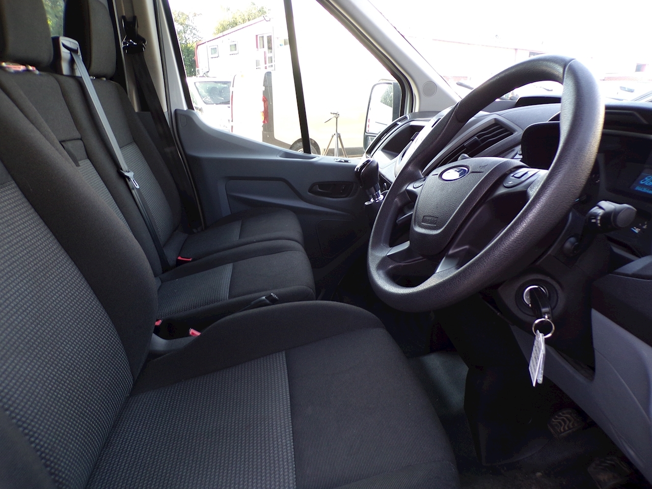 Ford Transit 350 High roof  crew van 9 seater