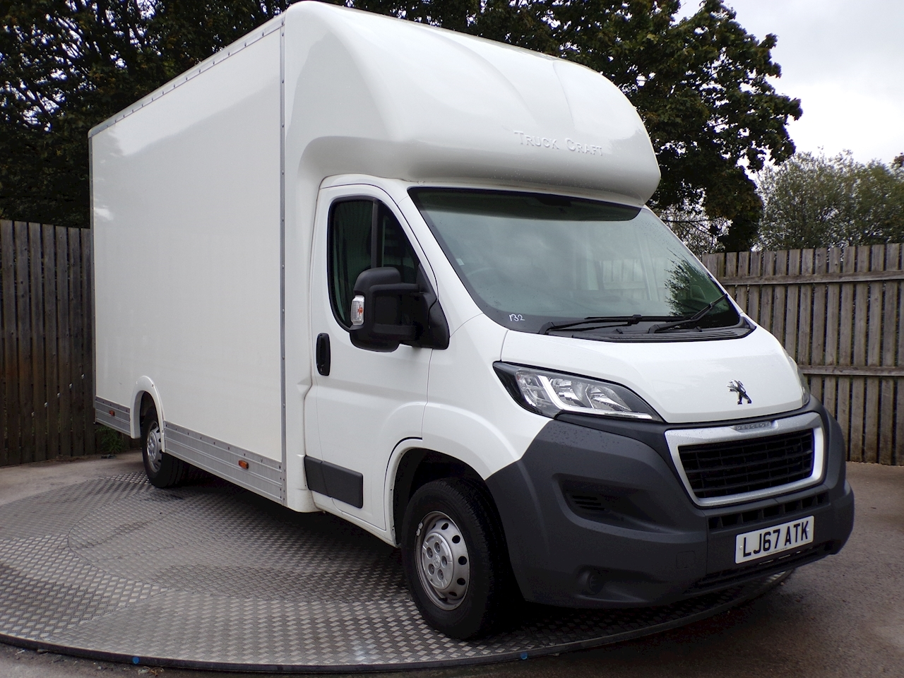 Peugeot Boxer Blue Hdi 335 L3 LOW LOADER a/c