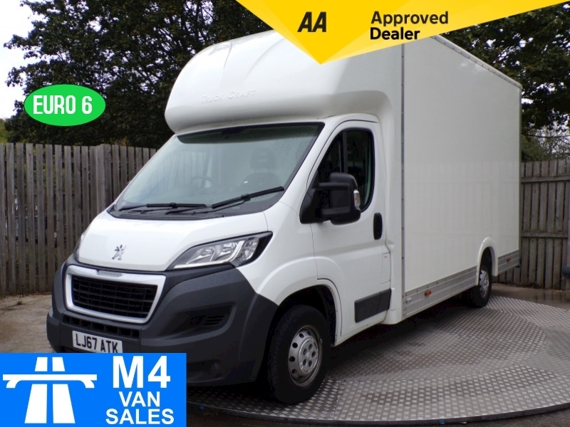 Peugeot Boxer Blue Hdi 335 L3 LOW LOADER A/C 13FT 7