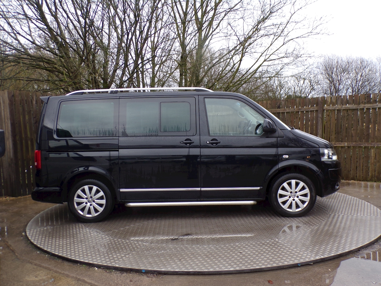 Volkswagen Caravelle Executive Tdi 6 Seater