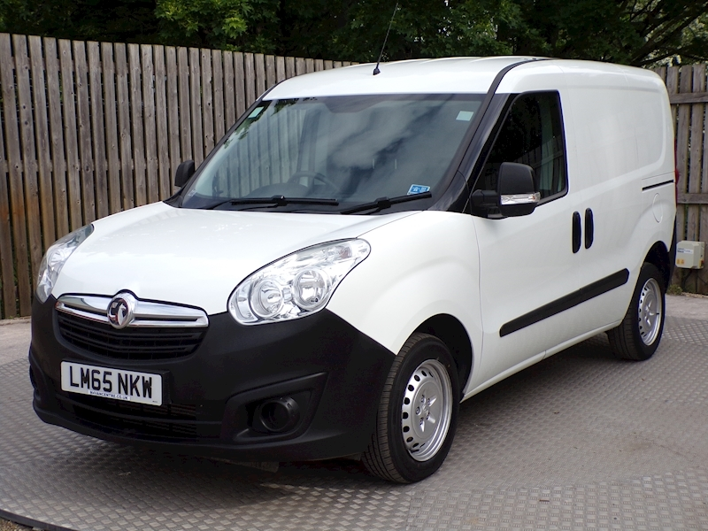 Vauxhall Combo 2000 L1h1 Cdti with A/C Image 1