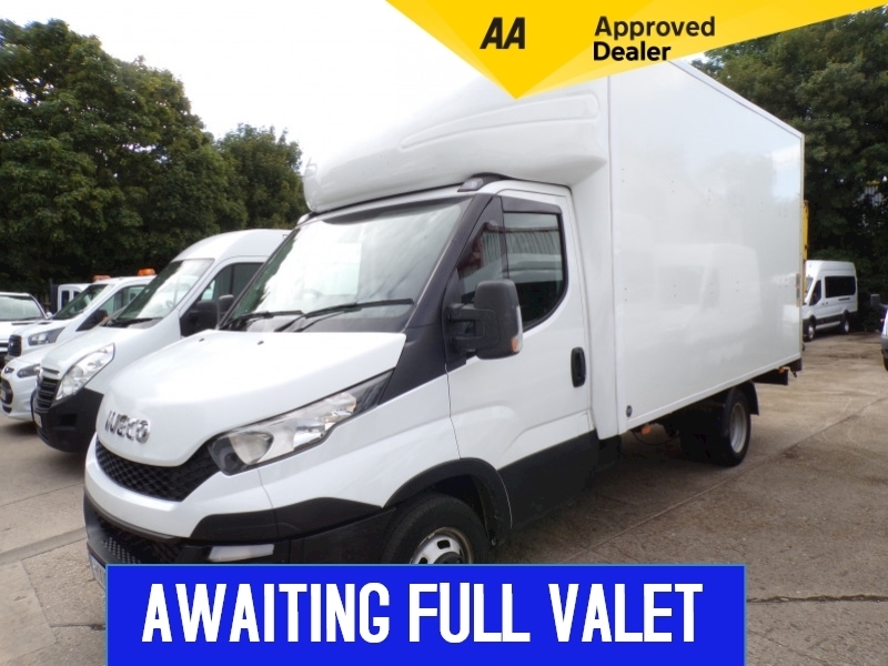 Iveco Daily 35C13 Luton LWB With Tail lift **EURO 6** Image 1