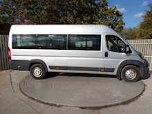 Peugeot Boxer 17 Seat Wheelchair Access 3.5T A/C - Thumb 10
