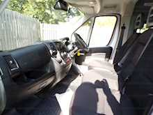 Peugeot Boxer 17 Seat Wheelchair Access 3.5T A/C - Thumb 20