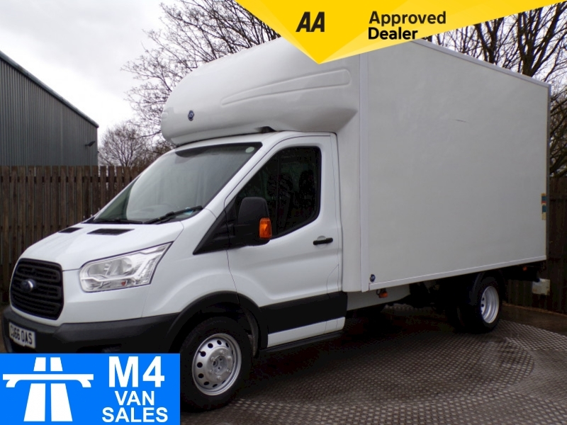 Ford Transit 2.2 TDCi 350 Luton With Tailift L=13FT3