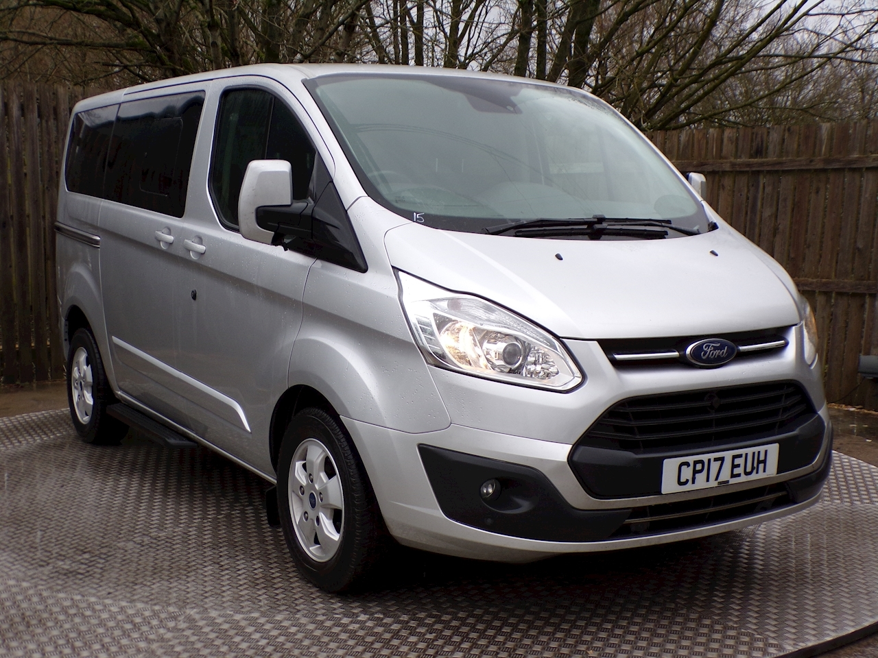 Ford Tourneo Custom Titanium L1