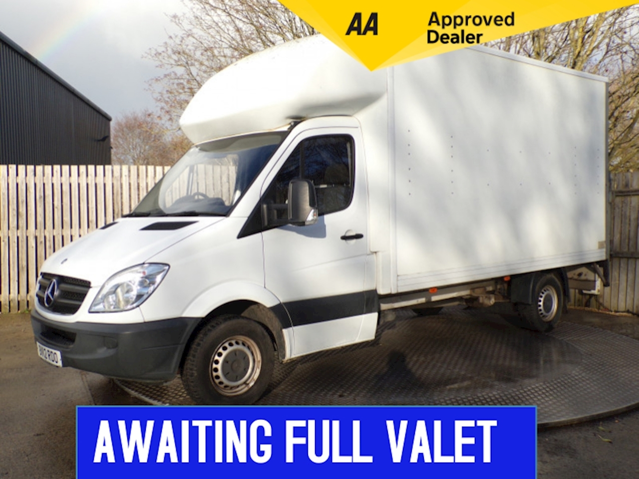 Mercedes Sprinter 313 LWB Luton With Tailift