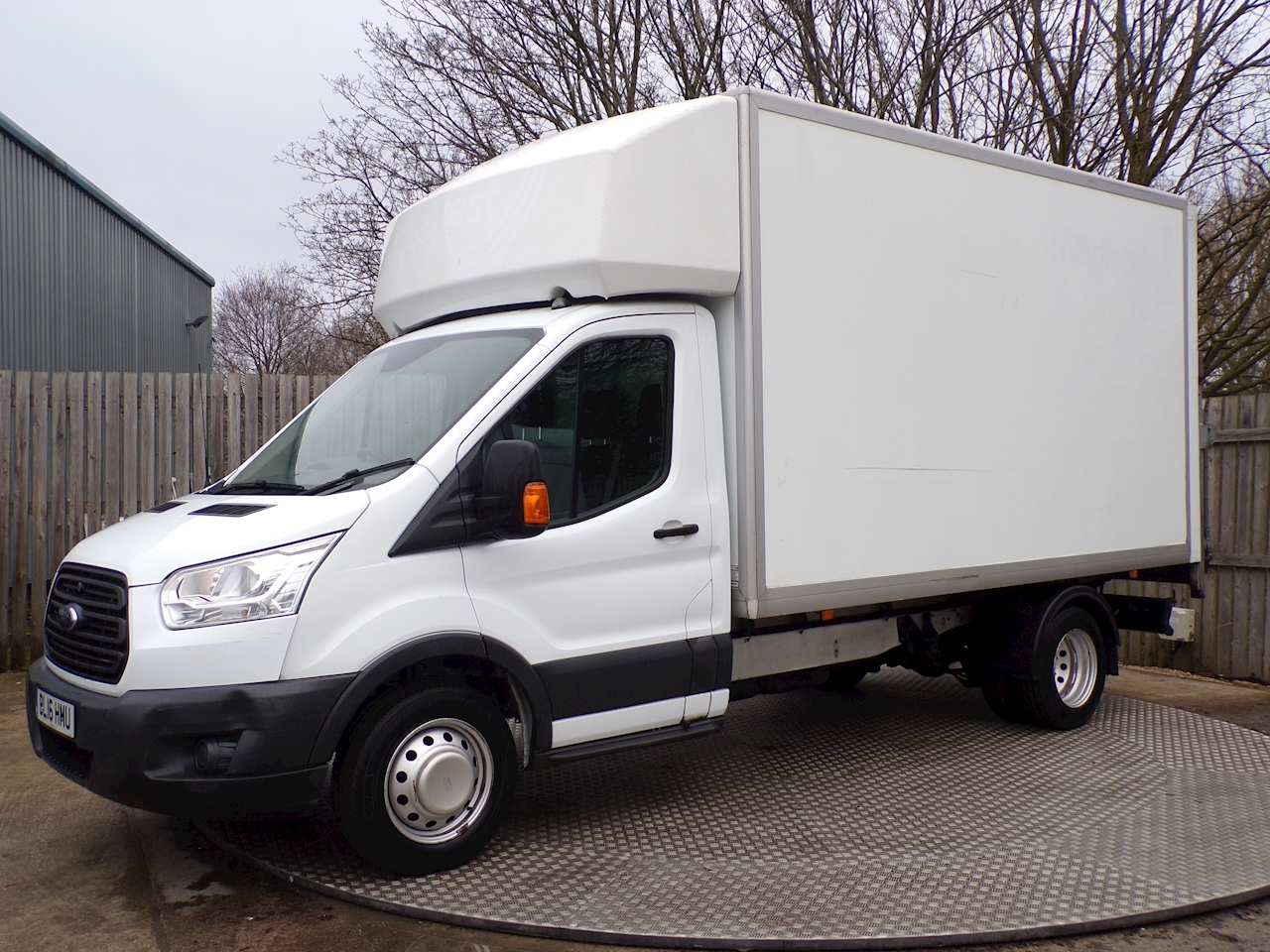 Ford Transit 2.2 TDCi 350 Luton With Tailift