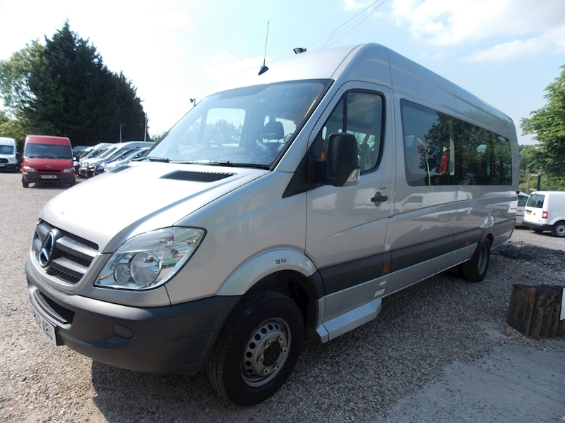 Mercedes Sprinter 130ps,17 Seater Image 1