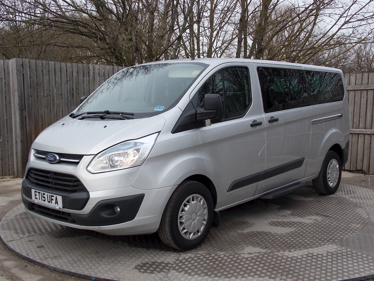 Ford Tourneo Custom 9 Seat L2 Zetec