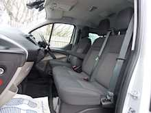 Ford Tourneo Custom 9 Seat L2 Zetec - Thumb 11