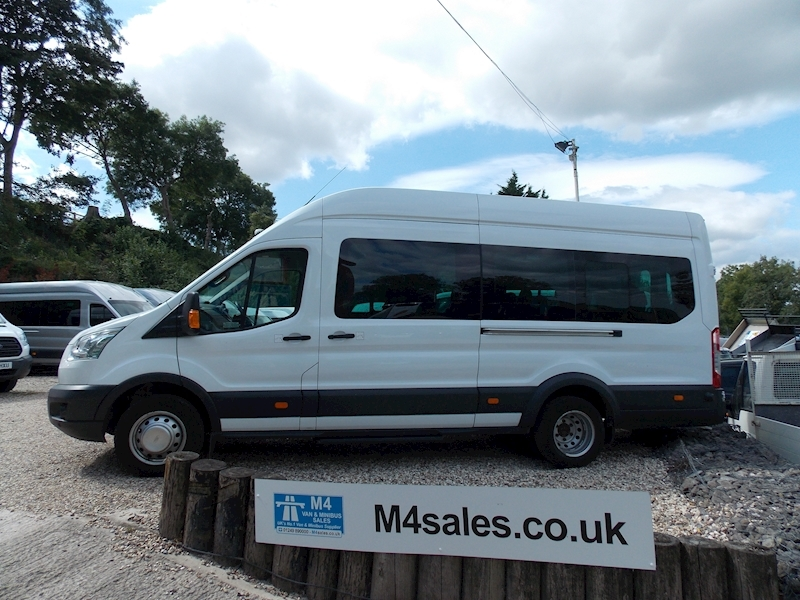 Ford Transit 460 Trend 17 Seater Image 1