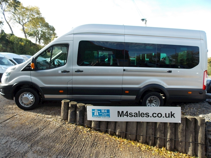 Ford Transit 460 Trend 17 Seater 125ps Image 1