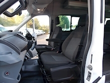 Ford Transit 125ps 17 Seat Trend - Thumb 7