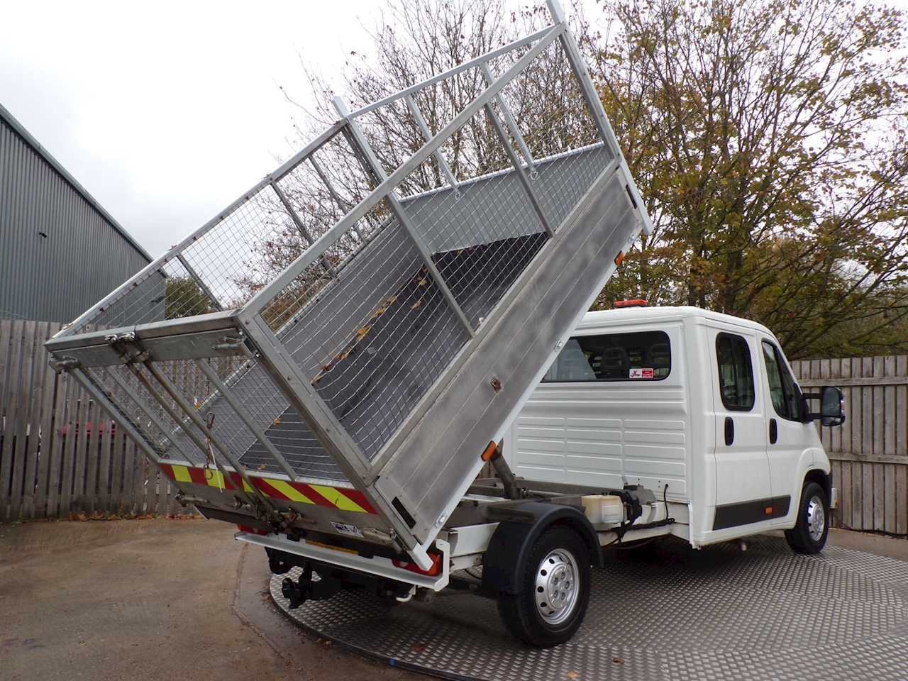 Citroen Relay 35 L3 CREWCAB CAGED TIPPER