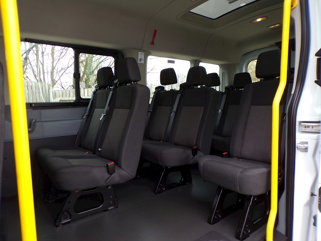 Ford Transit 125ps 15 Seater