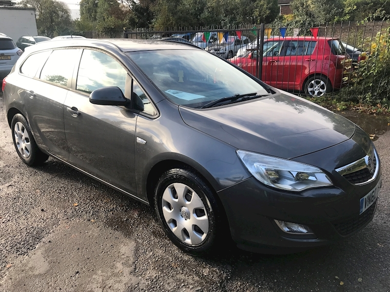 Astra Exclusiv Cdti Ecoflex Estate 1.7 Manual Diesel