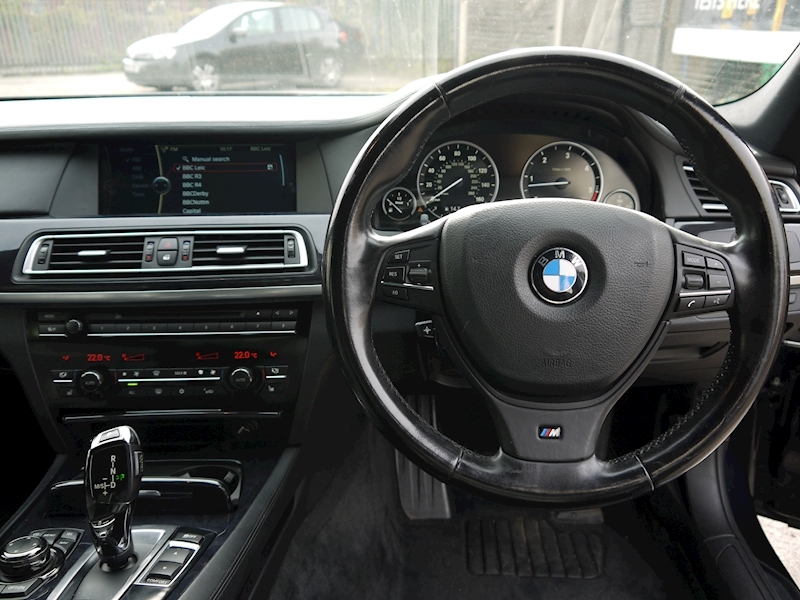 Bmw 7 Series 740D M Sport Luxury Edition - Large 15