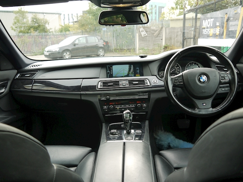 Bmw 7 Series 740D M Sport Luxury Edition - Large 41