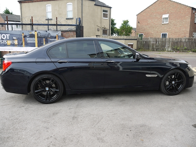 Bmw 7 Series 740D M Sport Luxury Edition - Large 11