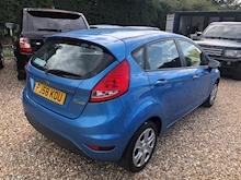 Ford Fiesta Style Plus - Thumb 10
