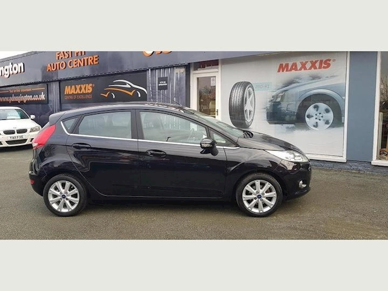 Ford Fiesta Zetec - Large 1