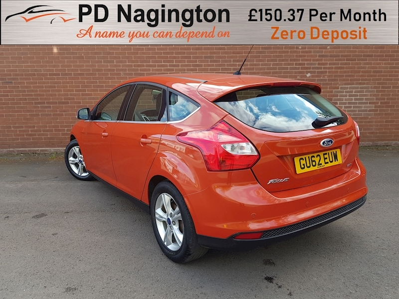 Ford Focus Zetec - Large 4