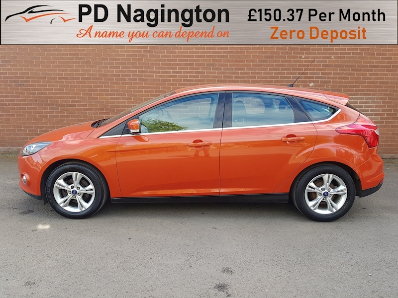 Ford Focus Zetec - Large 6