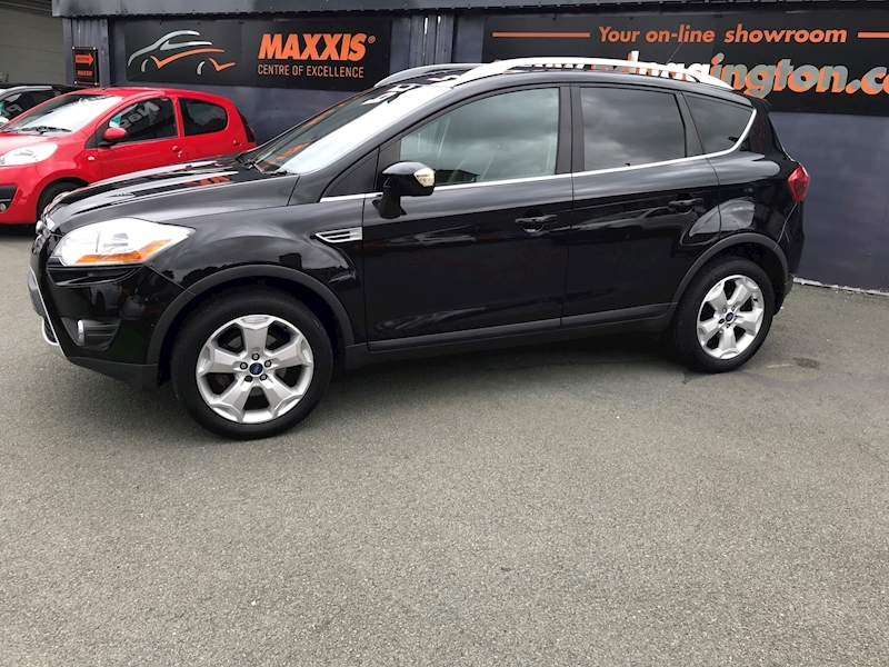 Ford Kuga Titanium - Large 1