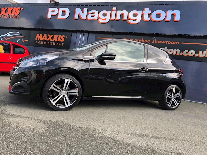 Peugeot 208 Blue Hdi Gt Line - Large 3